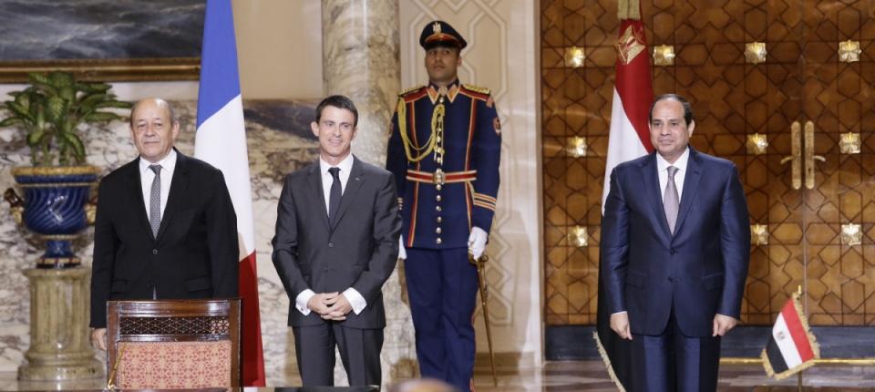 Jean-Yves Le Drian, Manuel Valls et Abdelfatah Al Sisi, président de la République arabe d'Égypte