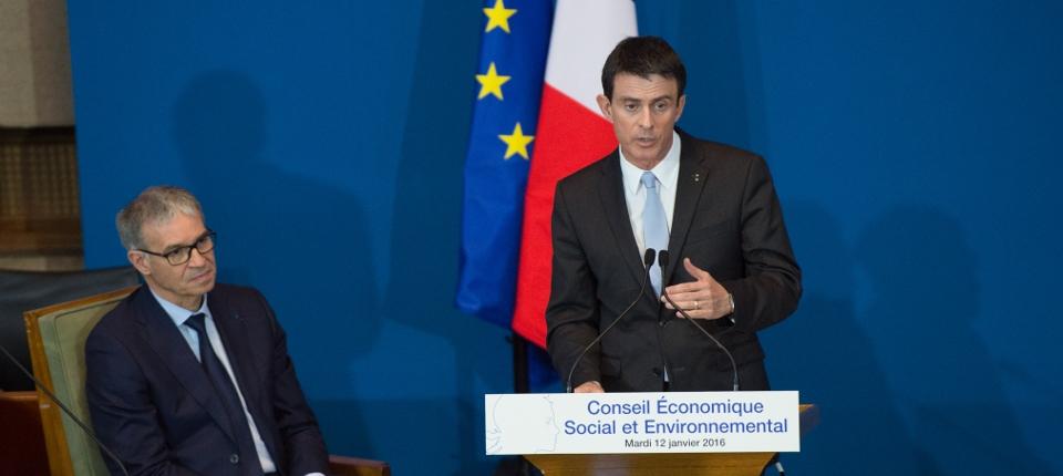 Photo de Manuel Valls lors de l'assemblée plénière du CESE le 12 janvier 2016.