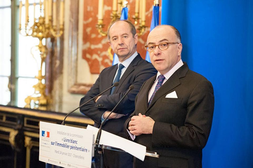 Le Premier ministre pour l'installation de la commission Lecerf