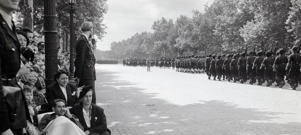 Défilé du 14 juillet 1952