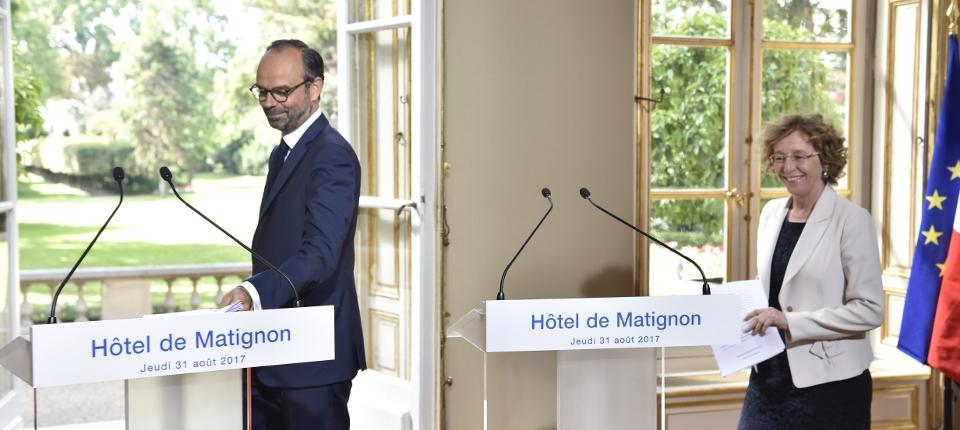 Edouard Philippe et Muriel Pénicaud lors de la conférence de presse du 31 août 2017 relative à la présentation des ordonnances
