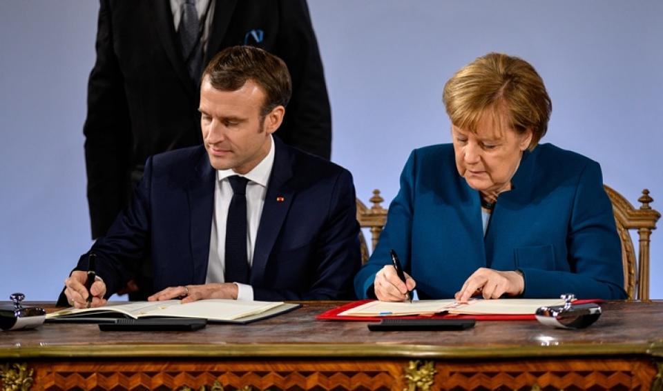 Le président de la République Emmanuel Macron et la chancellière Angela Merkel
