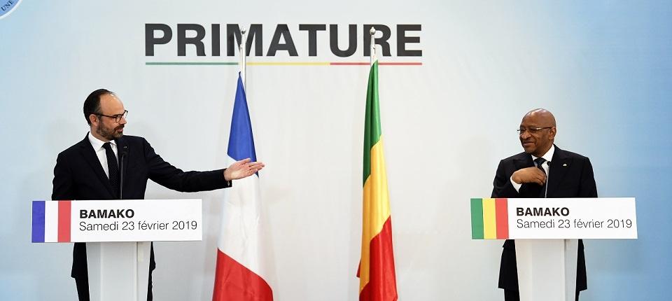 Edouard Philippe en conférence de presse avec Soumeylou Boubeye Maiga, chef du Gouvernement malien