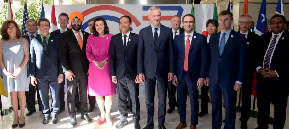 Cédric O et Bruno Le Maire autour des ministres du numérique du G7
