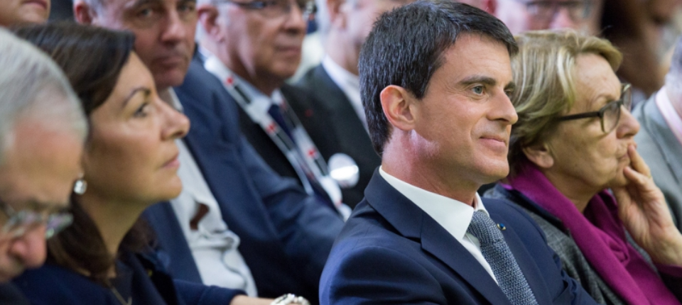 Manuel Valls au Salon des maires d'Île-de-France