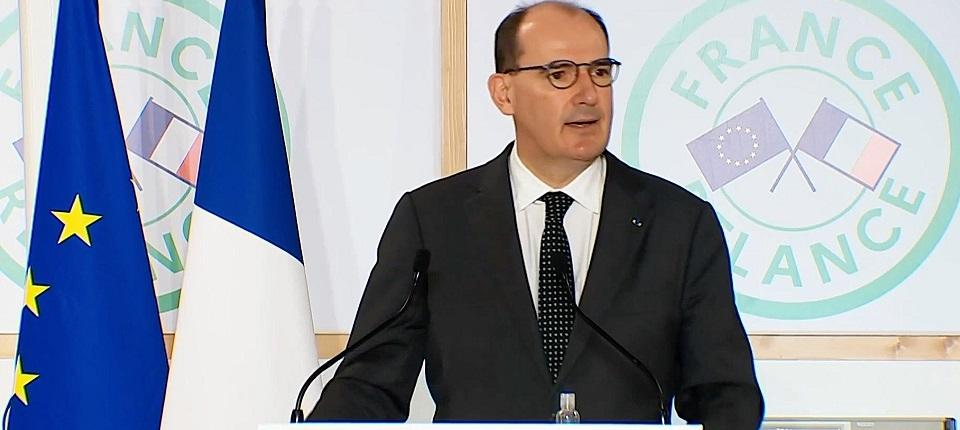 Le Premier ministre parlant à la tribune (entrerpise SCT)