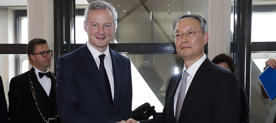 Ministers Le Maire and Paik Ungyu
