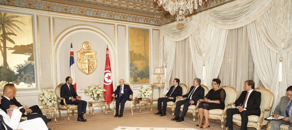 French PM in meeting with Tunisian President