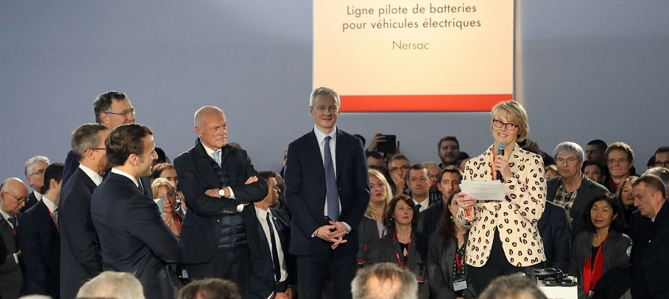 French and German ministers speaking at Saft company