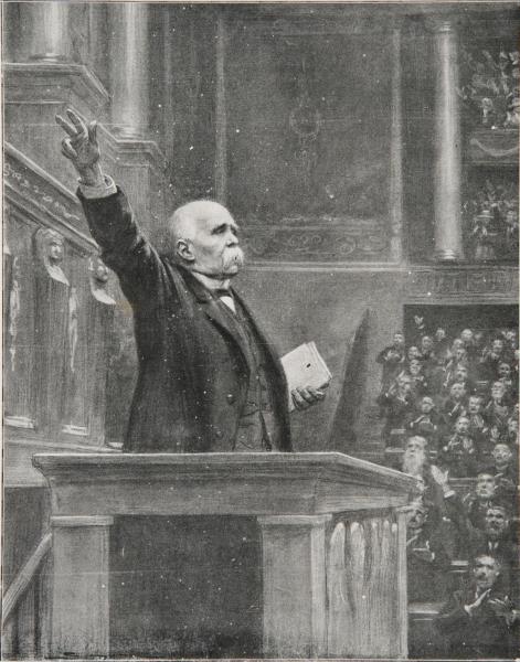 """""""Ni trahison, ni demi-trahison, la guerre, rien que la guerre. […] Un jour, de Paris au plus humble village, des rafales d'acclamations accueilleront nos étendards vainqueurs, tordus dans le sang, dans les larmes, déchirés des obus, magnifique apparition de nos grands morts. Ce jour […], il est en notre pouvoir de le faire."""" Georges Clemenceau, 20 novembre 1917"""