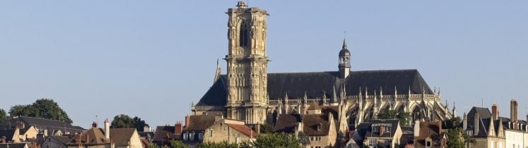 La cathédrale Saint-Cyr-et-Sainte-Julitte de Nevers