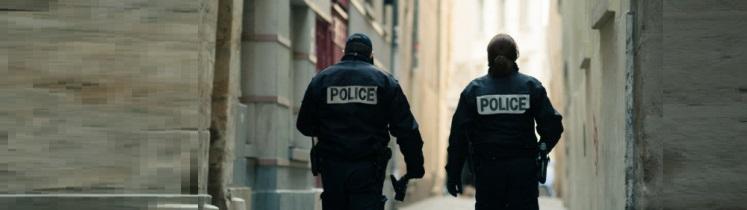 Des policier en patrouille