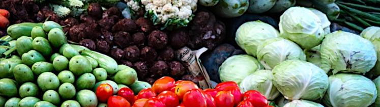 Étal de légumes frais