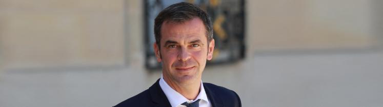 Portrait d'Olivier Véran