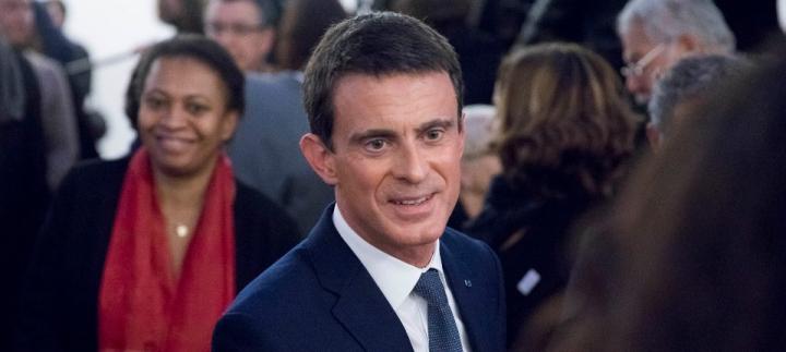 """""""Etre français, c'est aimer la France"""""""