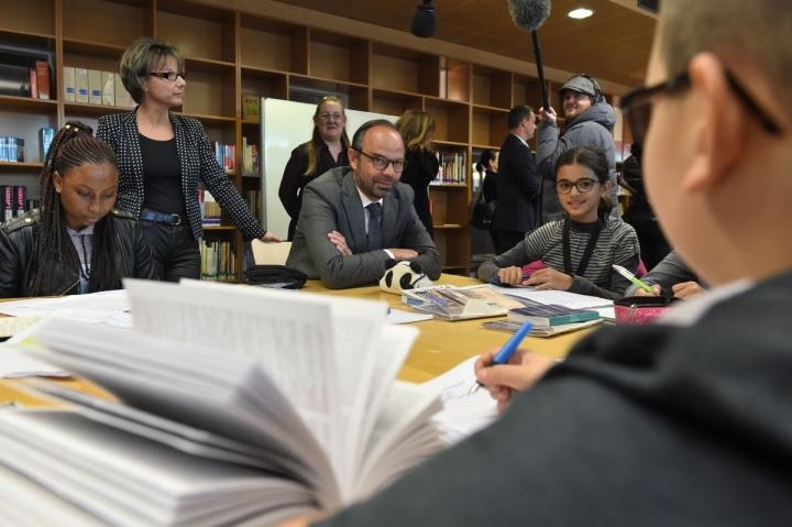 """Dispositif """"Devoirs faits"""" : déplacement du Premier ministre au collège Jean Perrin à Nanterre"""