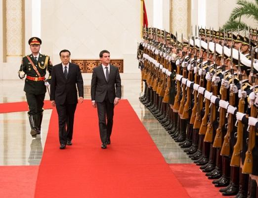 A Pékin, Manuel Valls appelle au rééquilibrage des relations commerciales entre la France et la Chine