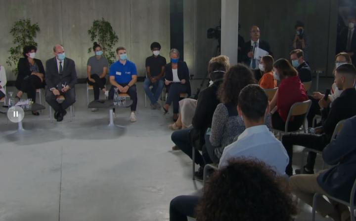 Emploi des jeunes : Jean Castex échange avec des jeunes et des formateurs de Besançon