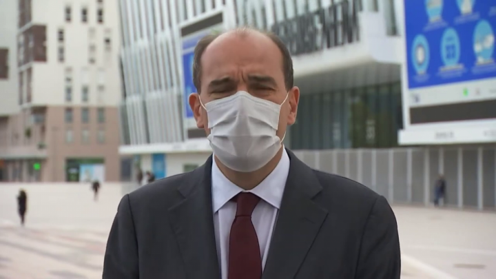 Déclaration du Premier ministre depuis le centre de vaccination de Paris La Défense Arena